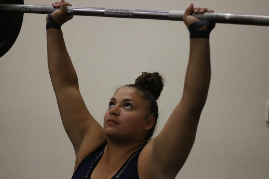 Girls Weightlifting Crushes Cypress Creek Lions Legend