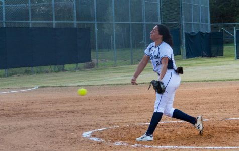Karen Velasquez pitching against Toho High School