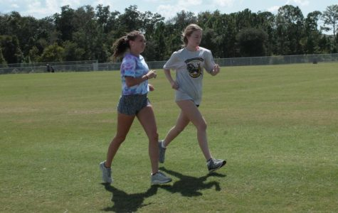 Varsity Cross Country Girls Improve Running Time at Spanish River Invitational