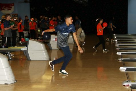 Boys Bowling almost takes first at Tri-Match