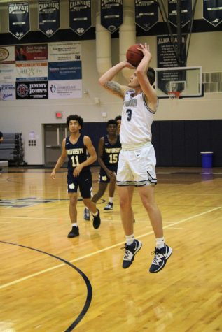 Varsity Boys Basketball ends the year off with a winning streak